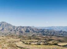 Östligt afrikanskt landskap nära lalibelaen Etiopien royaltyfria bilder