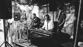 Östligt - europeiska zigenska partimusiker royaltyfri fotografi