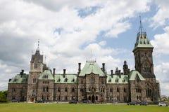 Östligt kvarter av parlamentet - Ottawa - Kanada royaltyfria foton