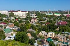 Östligt - sikt för stad för stads- landskap för europé liten royaltyfri foto