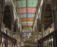 Östligt slut av kyrkan för helig Treenighet för skrovdomkyrka, Kingston på skrov royaltyfria bilder