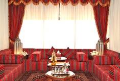 Lobbyinre av det lyxiga hotellet Arkivbild