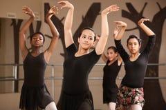 övande deltagare för balett Royaltyfri Bild