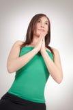 Övande yoga för kvinna Arkivbilder