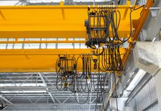 Över huvudet Crane Factory Royaltyfri Foto