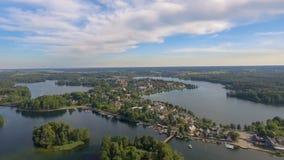Över huvudet flyg- sikt av Trakai slottomgivning i Litauen Arkivbilder