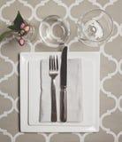 Över huvudet sikt av en moroccan fin äta middag tabellinställning Arkivbild