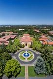 Över huvudet sikt av Stanford University Arkivfoto