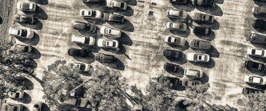 Över huvudet sikt av stor bilparkering Royaltyfri Foto