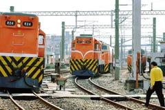 Över järnvägsspår royaltyfria foton