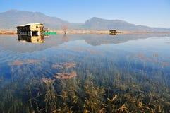 Över LaShiHai en sjö Arkivfoton