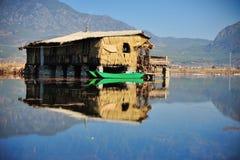Över LaShiHai en sjö Arkivfoto