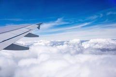 Över molnen fotografering för bildbyråer