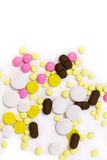 över pills spridd white bakgrund isolerad white Fotografering för Bildbyråer