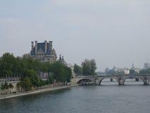 Över Seinet River Royaltyfria Bilder