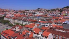 Över taken av Lissabon - LISSABON/PORTUGAL - JUNI 14, 2017 stock video