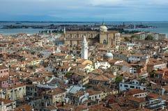Över taklägger av Venedig Royaltyfria Foton