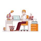 Överansträngd anställd som gör massor av skrivbordsarbete vektor illustrationer
