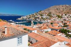 Överblick av ön av hydraen, Grekland Arkivbild