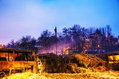 Överblick av barrikaden på den Hrushevskogo gatan i Kiev, Ukrain royaltyfri fotografi