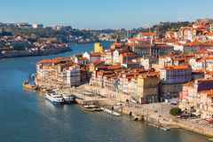 Överblick av den gammala townen av Porto, Portugal Royaltyfri Foto
