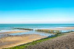 Överblick av en del av den holländska Nordsjönkusten Royaltyfria Bilder