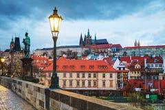 Överblick av gamla Prague, Tjeckien arkivfoto