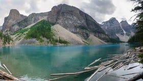 Överblick av morän sjön Royaltyfri Bild