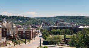 Överblick av staden av Morgantown WV Royaltyfri Fotografi