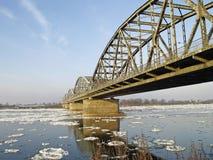 Överbrygga över floden Vistula Arkivfoton