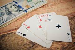 överdängare cards leka poker fyra Royaltyfri Fotografi