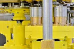 Överföringsdel av fabriks- utrustning Arkivbilder
