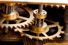 Överföringsteknologi för tungt maskineri, järn rullar det kugghjul förbindelsesystemet Grunt djup av sätter in, selektivt fokuser royaltyfria foton