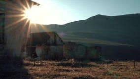 Övergav byggnader i bergen arkivfilmer
