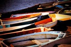 Övergav fartyg på en kust Fotografering för Bildbyråer