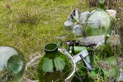 Övergav gräsplankrukor Fotografering för Bildbyråer