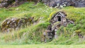 Övergav isländskahus Arkivbild