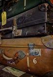 Övergav resväskor Arkivfoton