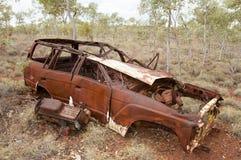 Övergav Rusty Car - vildmark Australien royaltyfria bilder