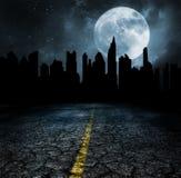 Överge staden fördärvar apokalypsbegrepp arkivfoton