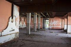 Övergett demolerat hus Arkivbilder