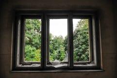 Övergett gammalt hus Royaltyfria Foton