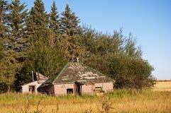 Övergett hus Arkivfoto