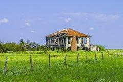 Övergett hus Arkivfoton