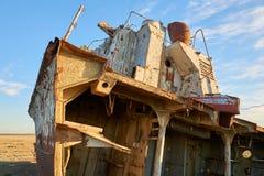 Övergett skeppAral hav Arkivbild