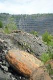 Övergett villebråd för coalmining i den Kemerovo regionen Fotografering för Bildbyråer