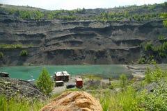 Övergett villebråd för coalmining i den Kemerovo regionen Royaltyfri Bild