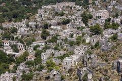 Övergiven by av Kayakoy, nära Hisaronu, Turkiet Arkivbilder