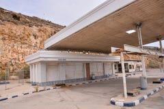 Övergiven bensinstation längs Route 66 Royaltyfria Bilder