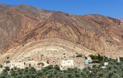 Övergiven by Birkat Al Mawz - Oman Royaltyfri Fotografi